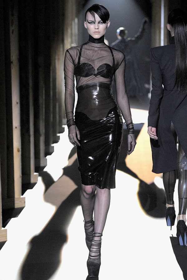 Mugler Fall 2011 RTW